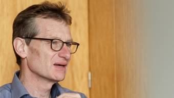 Adrian van der Floe: Der Präsident des Schulleiterverbands.