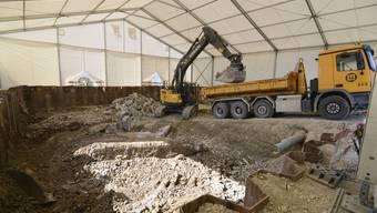 Wo kürzlich noch die Tubenfabrik in Zuchwil stand, wird heute Erde abgetragen. Nun hat das Bundesgericht entschieden, wer wie viel an die Altlastensanierung bezahlen muss.