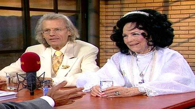 «Ich liebe dich, Roger!»: Als Uriella bei Schawinski war