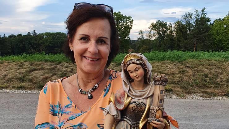 Tunnelpatin Maya Grossmann war beim Durchstich in Weiningen mit dabei. Sie ist die irdische Vertreterin der heiligen Barbara, der Schutzpatronin der Mineure.
