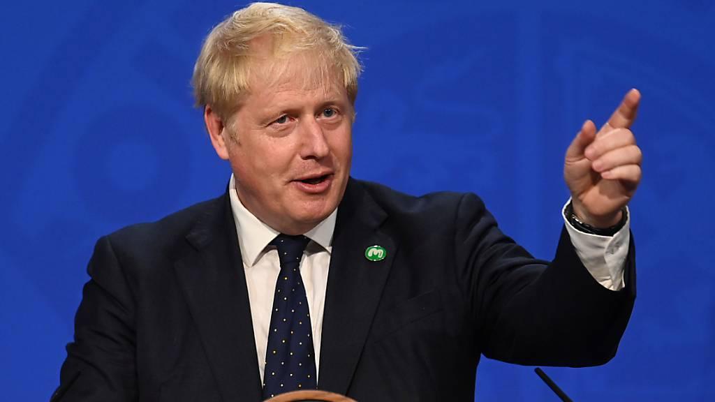 Boris Johnson, Premierminister von Großbritannien, spricht bei einer Pressekonferenz in der 10 Downing Street. Foto: Toby Melville/PA Wire/dpa