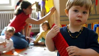 Die Zahl der Haushalte, die von so genannten Kleinkinderbetreuungsbeiträgen profitiert, ist in letzter Zeit explodiert. (Symbolbild)