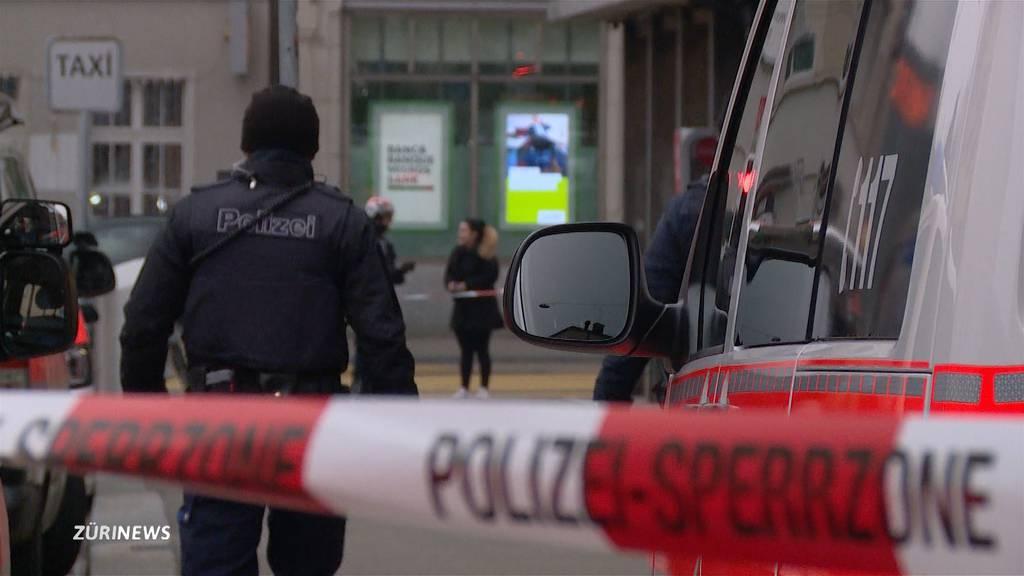 Grosseinsatz in Altstetten: 52-Jähriger in «Problemhaus» niedergestochen