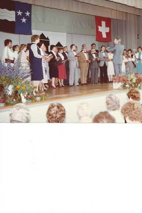 Am Bezirksgesangsfest 1982 gab der Gemischte Chor Hausen alles.