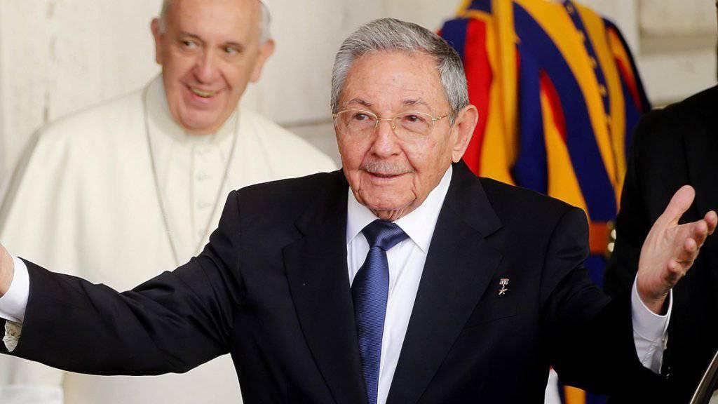 Kubas Staatschef Raul Castro, hier bei einem Besuch im Vatikan im Mai, soll Ende September erstmals vor der UNO-Vollversammlung sprechen.