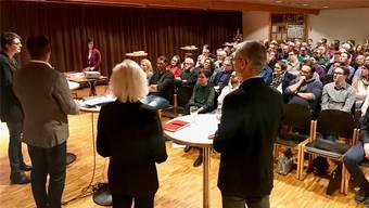 120 Personen, darunter viele Befürworter eines Wiederbeitritts zum «Zukunftsraum», waren zur Veranstaltung erschienen. ZVG