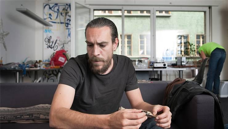Marc Dusseiler ist ein antielitärer Wissenschafter und Biohacker.