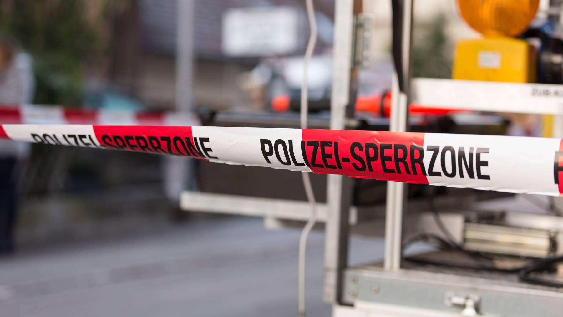 Der Dreijährige in Oberneunforn ist noch am Unfallort gestorben. (Symbolbild)