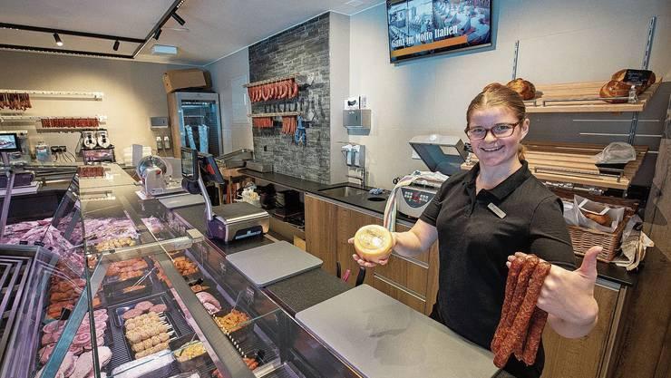Sarah Kyburz leitet den Metzgerei-Hofladen. Sie ist bereit für das Eröffnungsfest vom Wochenende.