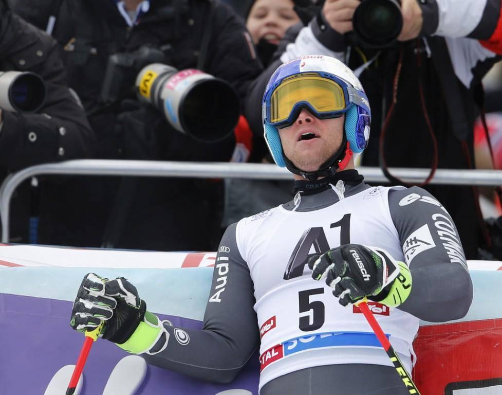 Alexis Pinturault freut sich über den Triumph