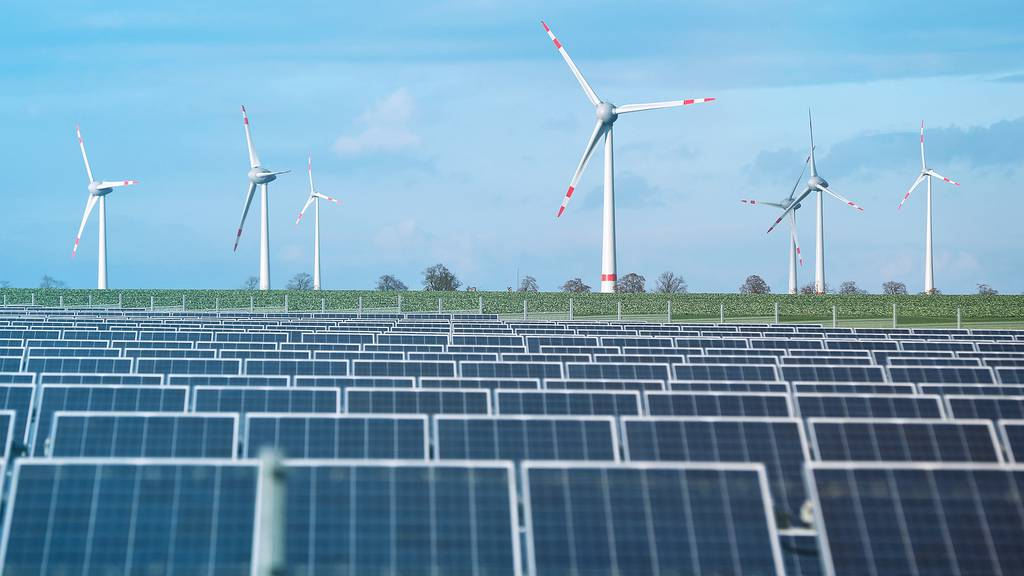 Credit Suisse / Weltrekord bei erneuerbaren Energien