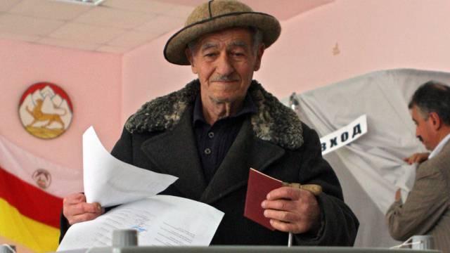 Bild der Präsidentenwahl in Südossetien im Jahr 2011