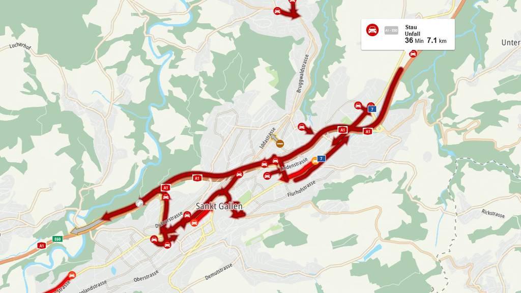 Stau auf der Stadtautobahn St.Gallen