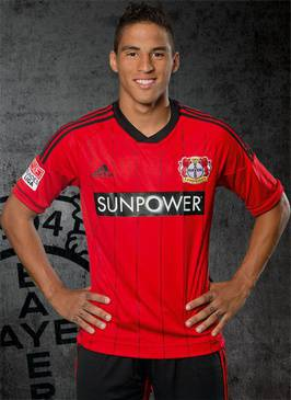 Im Sommer 2012 wurde er zum deutschen Bundesligisten Bayer Leverkusen transferiert.