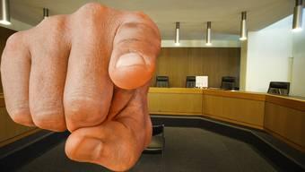 «Ich habe nicht gerade viel studiert, wahrscheinlich war ich wütend», sagte der Mann vor dem Strafgericht auf die Frage, warum er die Drohungen ausgesprochen habe.