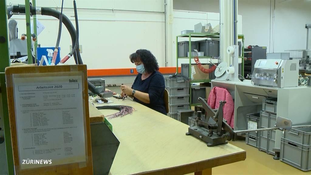 Maskenpflicht am Arbeitsplatz: Kritik am Kanton Schwyz