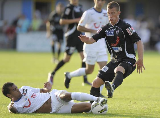 Marco Aratore (r.) hatte in den Saisons 2010/11 und 2011/12 bereits 49 Einsätze für den FCA bestritten.