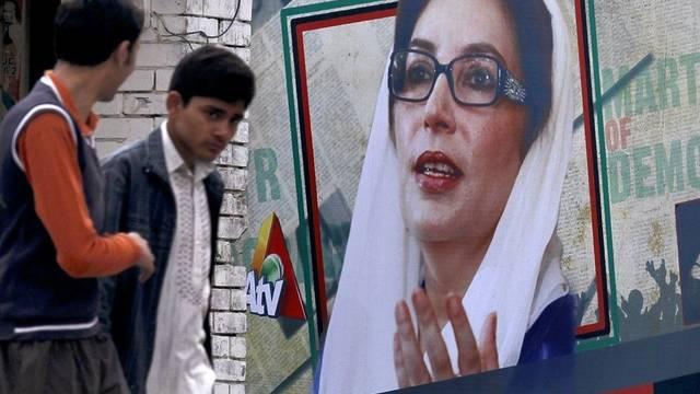 Die Justiz erhebt Anklage wegen der Ermordung von Benazir Bhutto (Archiv)