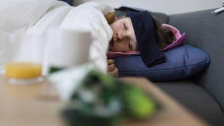 Derzeit sind Säuglinge und Kinder bis 14 Jahre von der Grippe am stärksten betroffen. (Symbolbild)