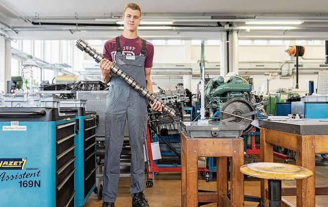 Der 20-jährige Tobias Fierz aus Egliswil lernt in Othmarsingen Mechatroniker.