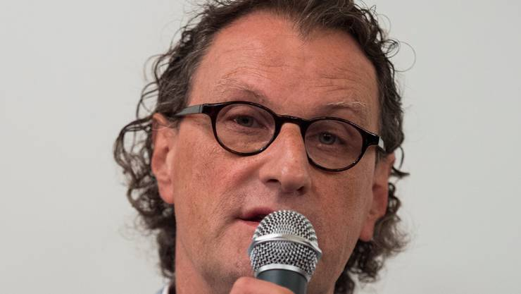 Geri Müller kehrt zurück ins Amt des Badener Stadtammanns - hier bei seiner Aufsehen erregenden Pressekonferenz in Zürich Mitte August war das noch nicht klar.