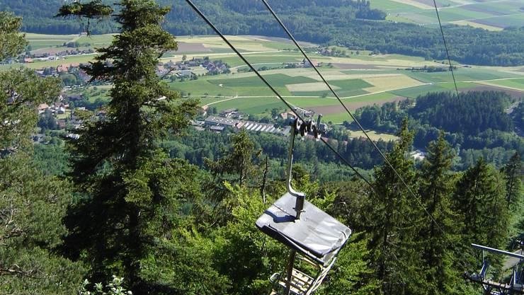 Die nostalgische Sesselbahn auf den Weissenstein wird durch moderne Gondeln ersetzt.