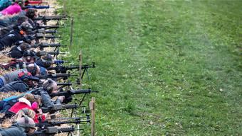 Schützen an einem ihrer Traditionsanlässe: Am Morgartenschiessen.