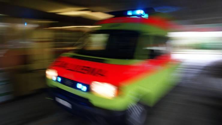 Ein 23-jähriger Walliser ist am Donnerstag beim Wandern in Le Trétien VS abgestürzt und gestorben. (Symbolbild)