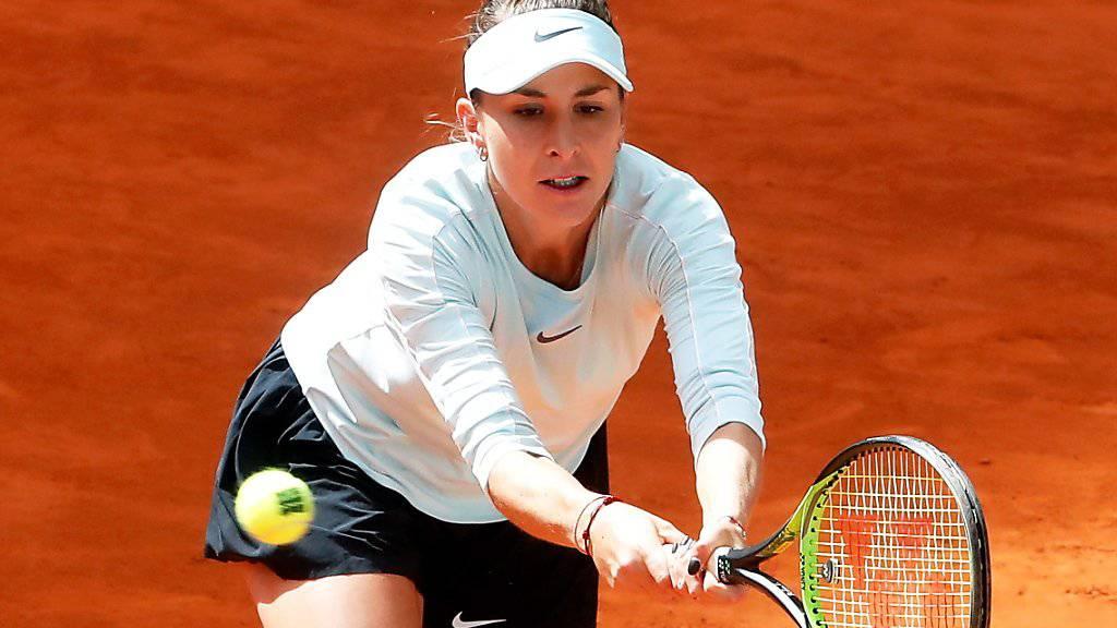 In die Defensive gedrängt: Belinda Bencic findet gegen Kristina Mladenovic nur im zweiten Satz die richtigen Mittel