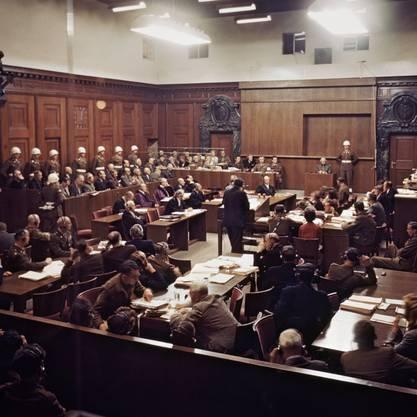 Der Prozess wurde im Nürnberger Justizpalast abgehalten. Aus Zufall war das Gebäude in der nationalsozialistischen Hochburg Nürnberg weitgehend von Zerstörung verschont geblieben.