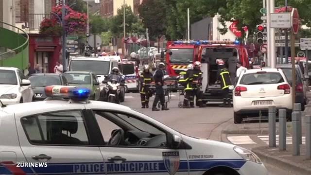 Islamisten töten Pfarrer in Frankreich