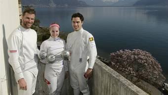 Benjamin Steffen (l.), Laura Stähli und Max Heinzer posieren in Vevey.