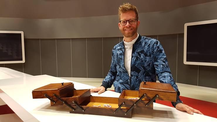 Im Nähkästchen der «Schweiz am Wochenende» befinden sich verschiedene Begriffe. Olivier Borer zog am Moderationstisch das Schlagwort Siegen.