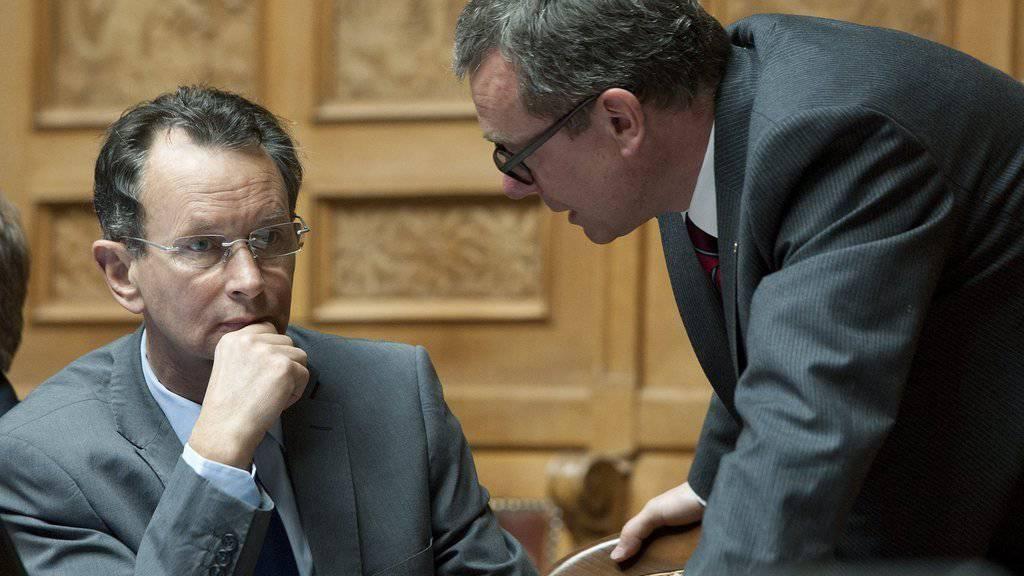 Philipp Müller (l.) und Ruedi Noser (r.) werden künftig in der kleinen Kammer politisieren. (Archiv)