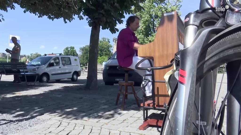 Hat wer Musik bestellt? Der Pianokurier und sein E-Bike
