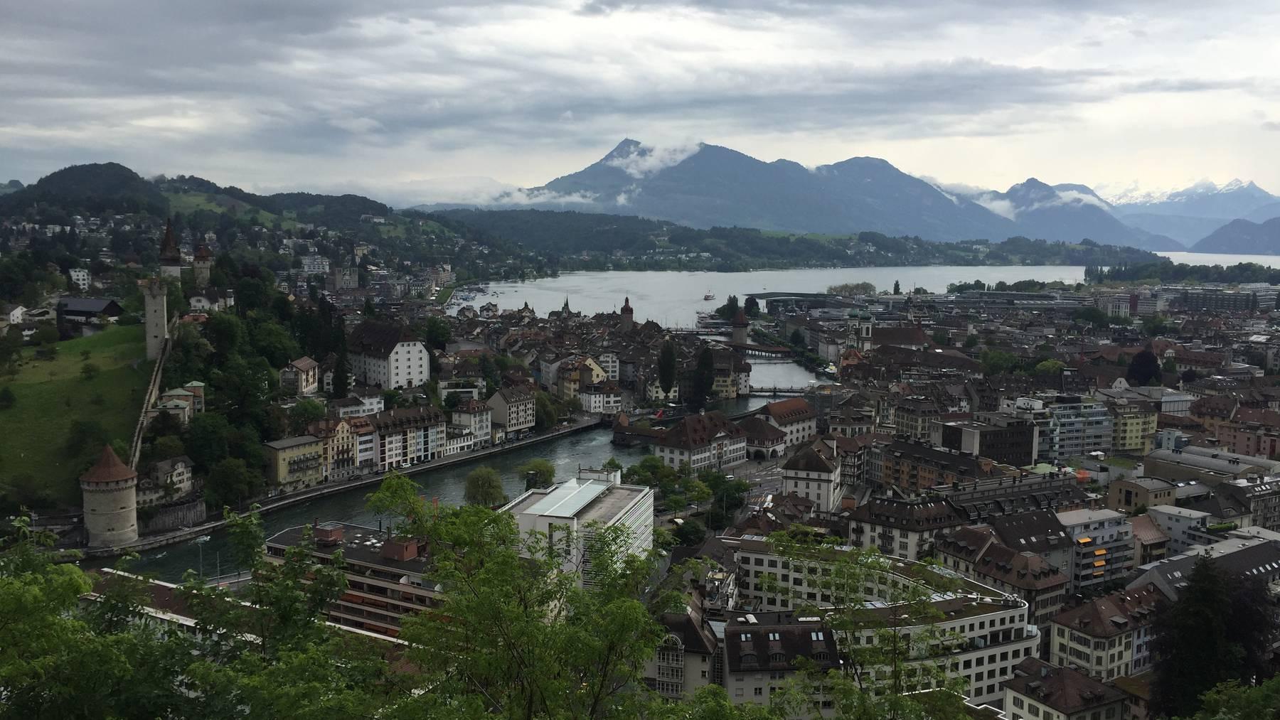 Luzerner Stadtparlament nimmt Budget 2020 an