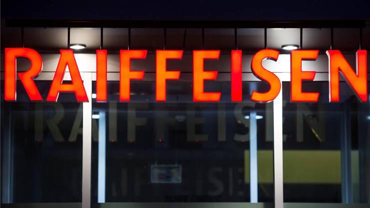 Briefkästen von Filialen der Raiffeisenbank waren beliebte Ziele der Betrügerbande. (Symbolbild)