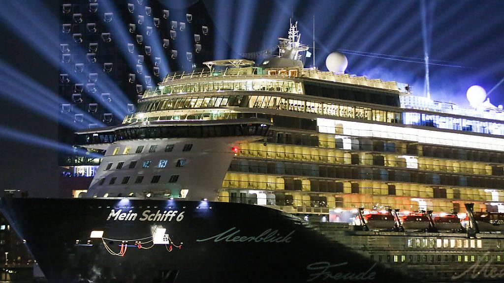 Erstes Kreuzfahrt-Schiff legt nach langen Monaten in Palma de Mallorca an (Archivbild)