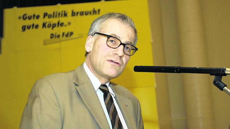 Gelb ade: In Zukunft wird Stadtpräsident und FdP-Nationalrat Kurt Fluri bei Parteianlässen einen anderen Hintergrund haben. (Bild Urs Lindt)