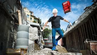 So sauber wie Urs Grieder werden die Sportler am «Baustellen-Strongman» nicht durch die Baugrube springen.