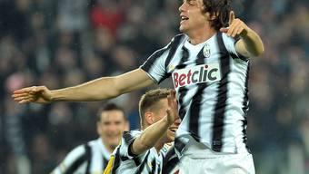 Paolo De Ceglie, aufgenommen im März 2012 im Trikot von Juventus Turin, jubelt über einen Treffer