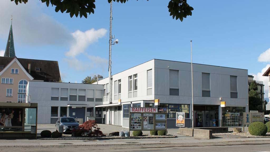 Raiffeisenbank und Gemeinde prüfen mögliche Überbauung