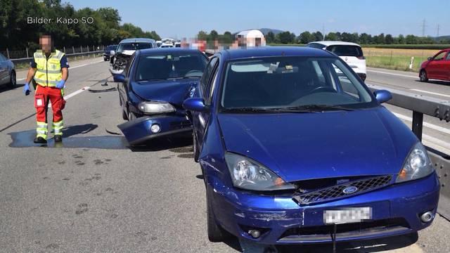 4 Fahrzeuge involviert: Mehrere Personen bei Massenkollision verletzt