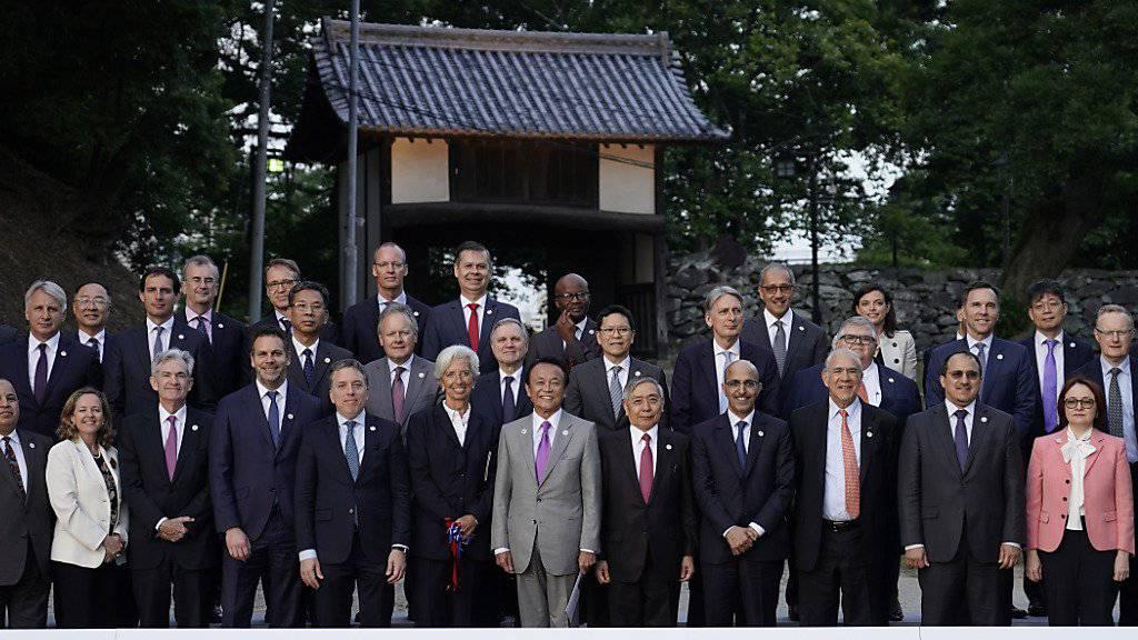 Die grossen Internetkonzerne müssen sich künftig auf höhere Steuerzahlungen einstellen. Die 20 grössten Industrie- und Schwellenländer (G20) wollen an ihrem Treffen im japanischen Fukuoka gemeinsame Regeln vorantreiben um  Schlupflöcher zu schliessen.