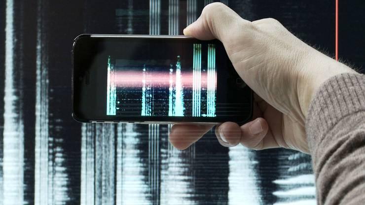 "Das Museum Tinguely beleuchtet in""Radiophonic Spaces"" 100 Jahre Radiogeschichte"