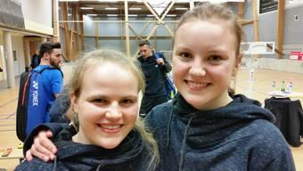Chantal von Rotz zusammen mit Ronja Stern nach ihrem erfolgreichen Debüt in der NLA.