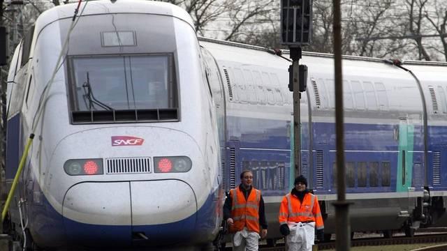 Ein TGV-Zug ist in einem Tunnel bei Marseille stecken geblieben (Symbolbild)