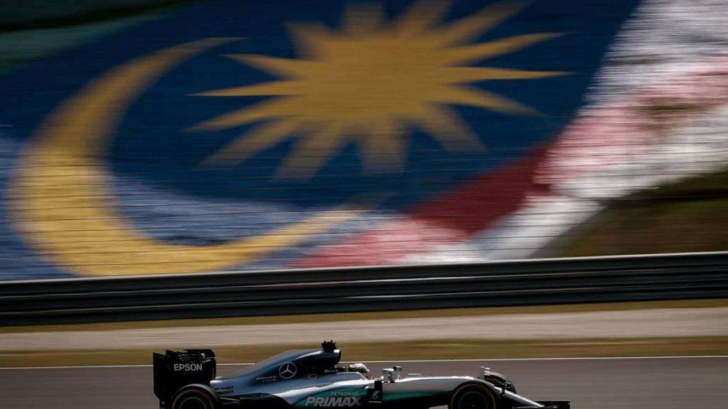 In Malaysia könnten 2018 zum letzten Mal die Formel-1-Boliden über die Rennstrecke rasen (im Bild Lewis Hamilton)