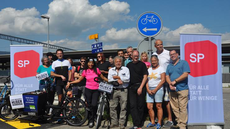 """Die Fangruppe von Urs vor dem Start zur """"Tour de Huber"""""""