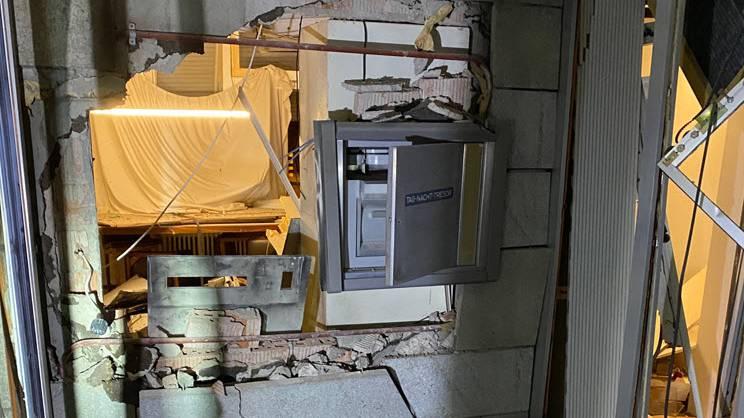 Bankomat in Küttigen gesprengt